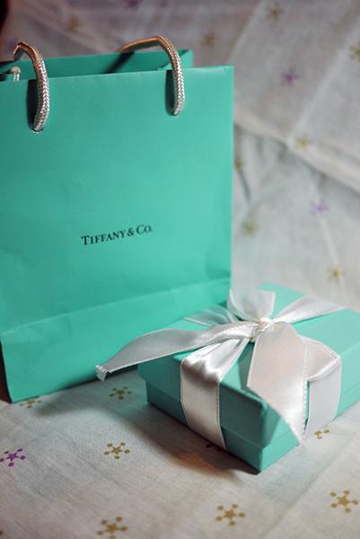 飾品 · Tiffany手鍊 犒賞自己的生日禮物