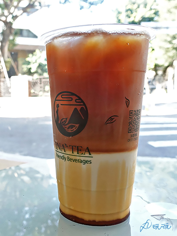 初鹿鮮奶茶