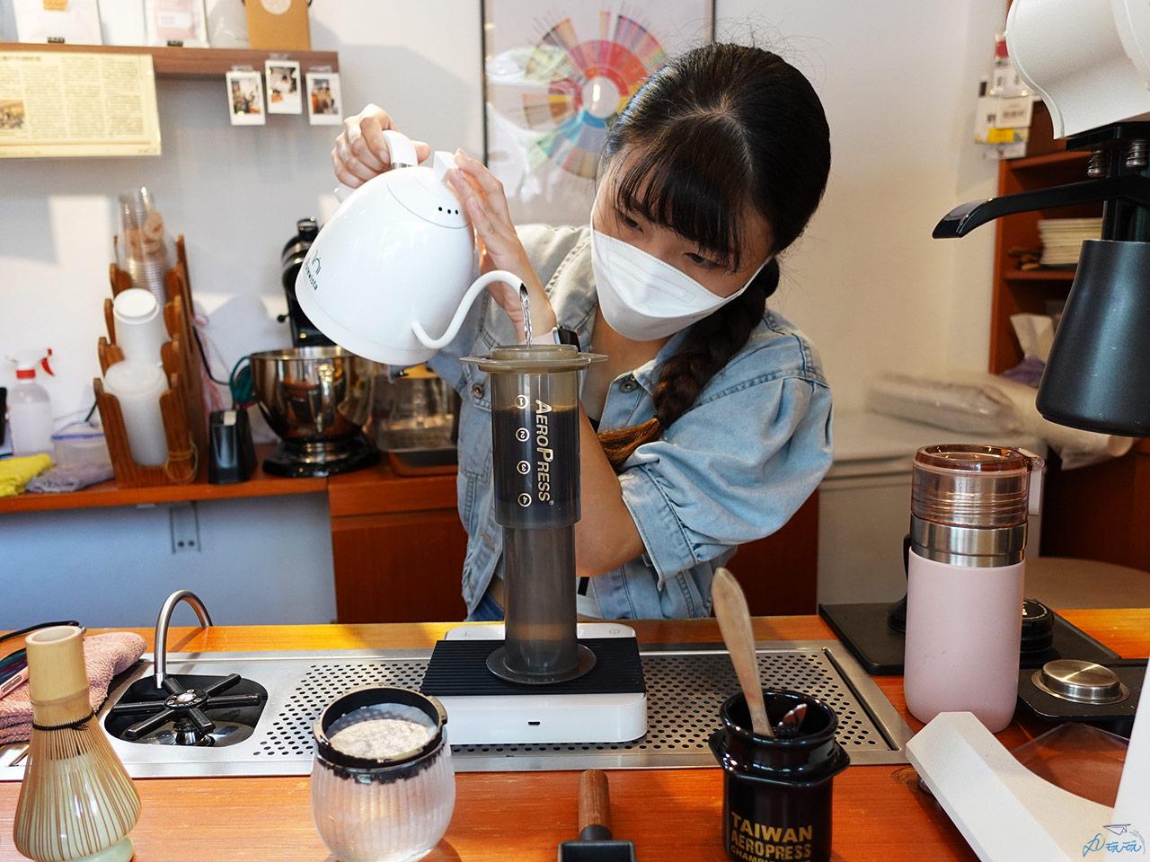台北愛樂壓咖啡廳